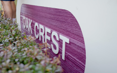 Oak Crest teachers work together to renovate neighborhood sign